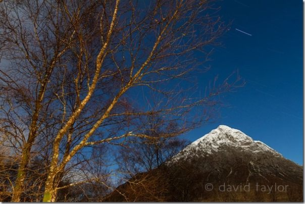 Stob Dearg, one of the peaks of Buachaille Etive Mòr, at night, Scottish Highland, Argyll & Bute, Scotland, luminance, Chroma noise, Image Noise, Grain, Film, digital noise, ISO, Luminance noise, Long Exposure, Long Exposure Noise Reduction,