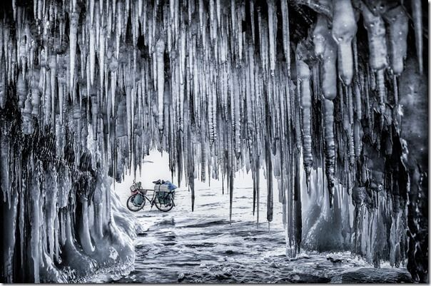 Bicycle on the ice - Jakub Rybicki