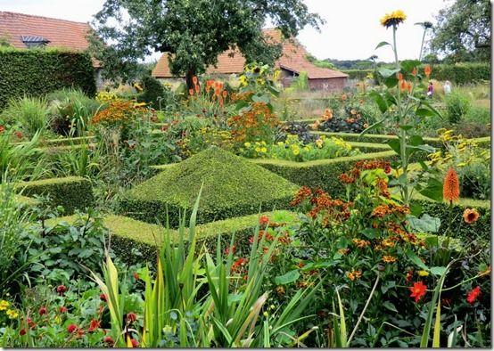 Le Jardin Plume 2011 009