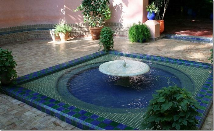 2 Square pool, Jardin Majorelle (1024x624)