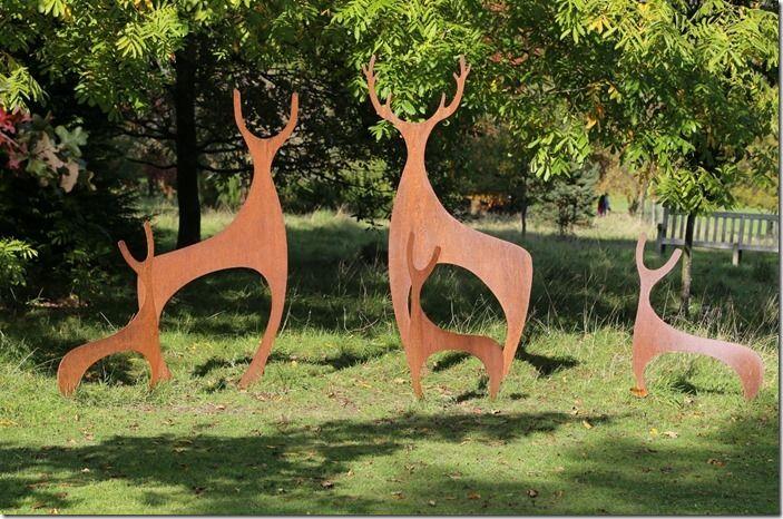 4  Deer family
