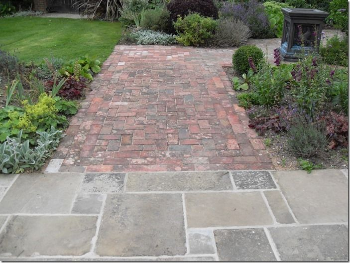 9 Reclaimed Yorkstone and Brick paving.
