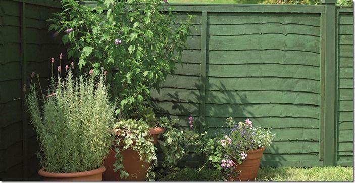 4 green garden fence