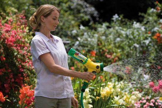 5 Using a hose-end dilutor