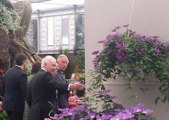1 Raymond Evison with Prince Charles
