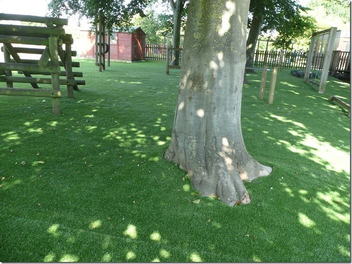 4 Artificial grass under trees