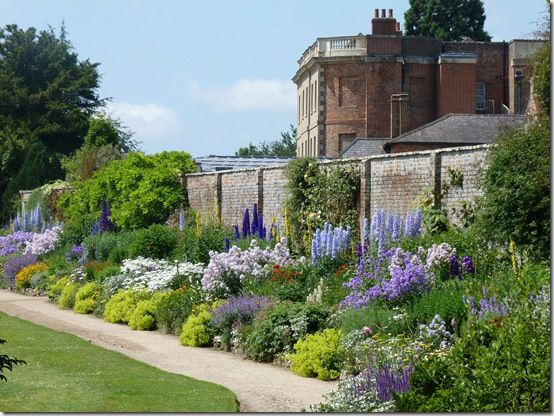 Waterperry-Gardens-Oxford