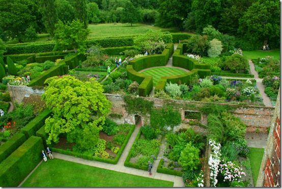 Sissinghurst, 10 Best UK Gardens to Visit in 2015
