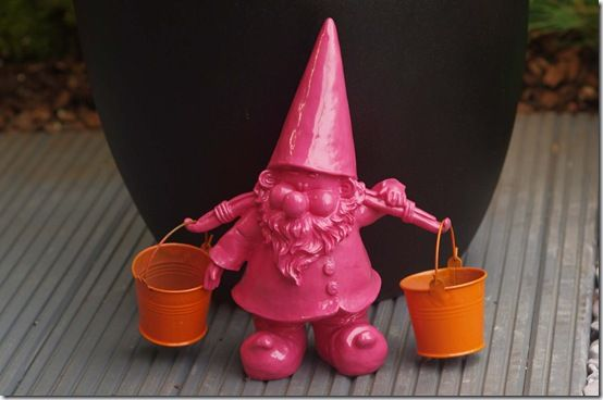 Gnome by pot