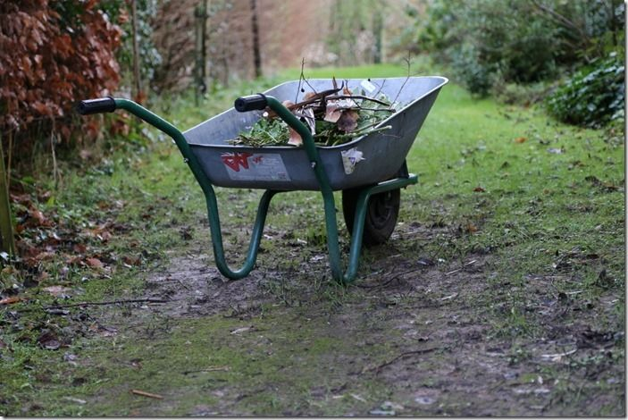 2 Wheelbarrow in the wet
