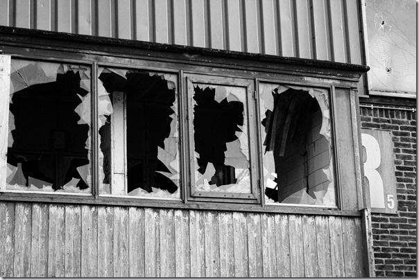 Broken windows, Amsterdam 2011