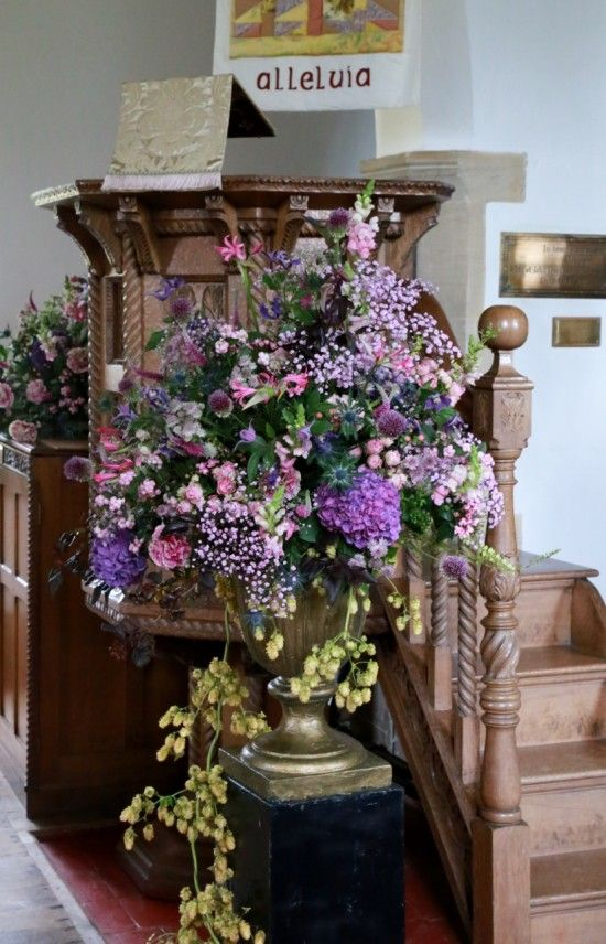Wedding Flowers: Pulpit pedestal
