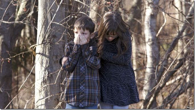 Gunman assaults Conn. elementary school, 27 dead.